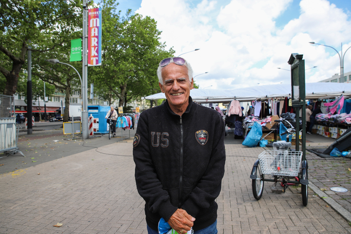 Mauro (70)